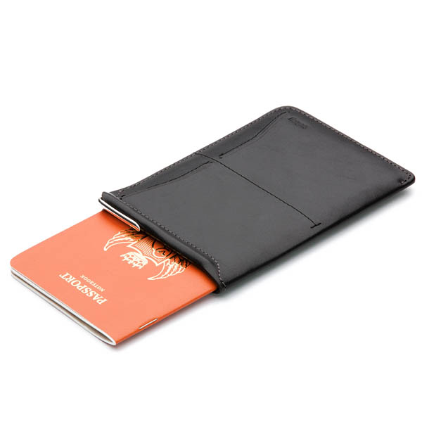 Bellroy PASSPORT SLEEVE Negra